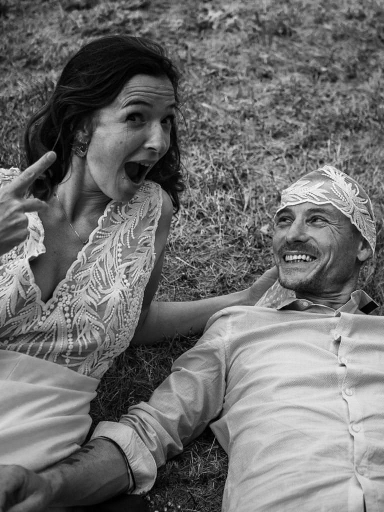 Val et cyril photo de mariage prise dans la drome à proximité de crest.