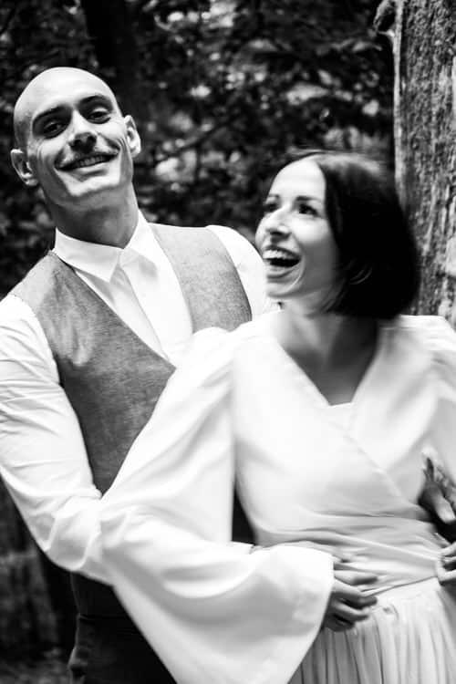 Futurs mariés et leur photographe.