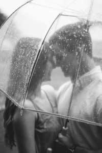 Mariage pluvieux mariage heureux est une belle expression française digne des meilleurs photographes